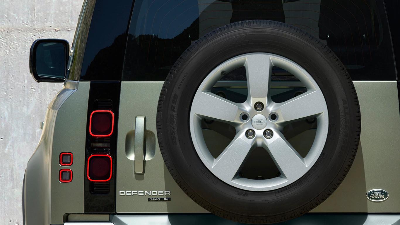 4x Land Rover Defender Winterräder 255/60 R20 Pirelli L663P20 19-20