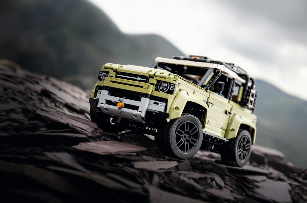 Lego® Technicᵀᴹ Land Rover Defender 90 LGGF397MXA